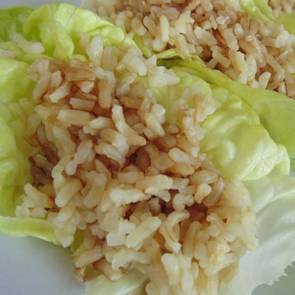 Receita fácil e simples de envoltórios de alface vegetariana