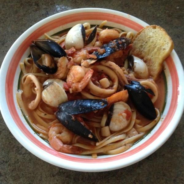 Receita de Zuppa Di Pesce Fra Di Avolo