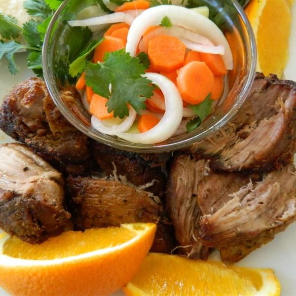 Receita de Carnitas de Porco Assadas de Laranja e Leite