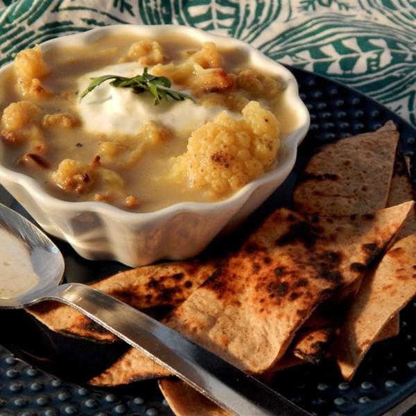 Receita de Sopa de Couve-Flor Assada de Curry