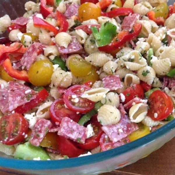 Receita de Salada de Macarrão Antipasto