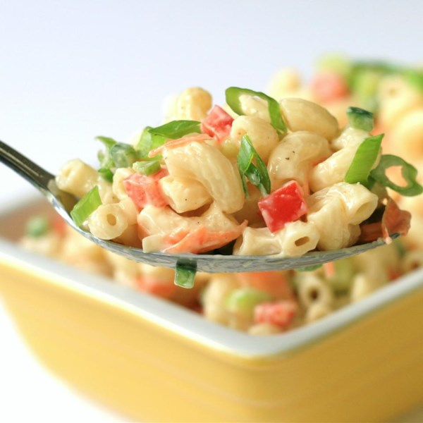 Receita de Salada clássica de macarrão do Chef John