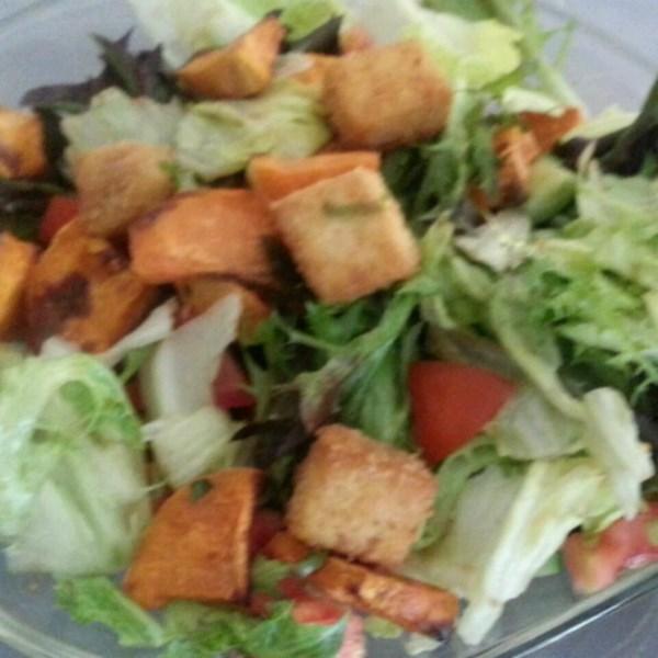 Receita incrível de salada de tofu crocante