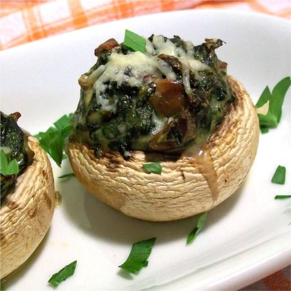 Cogumelos recheados com receita de espinafre