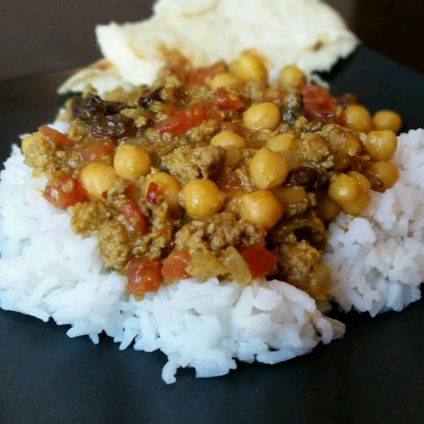 Curry doce e picante com receita de grão-de-bico
