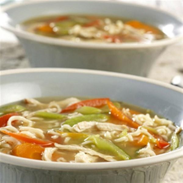 Receita de Sopa de Macarrão de Frango ramen