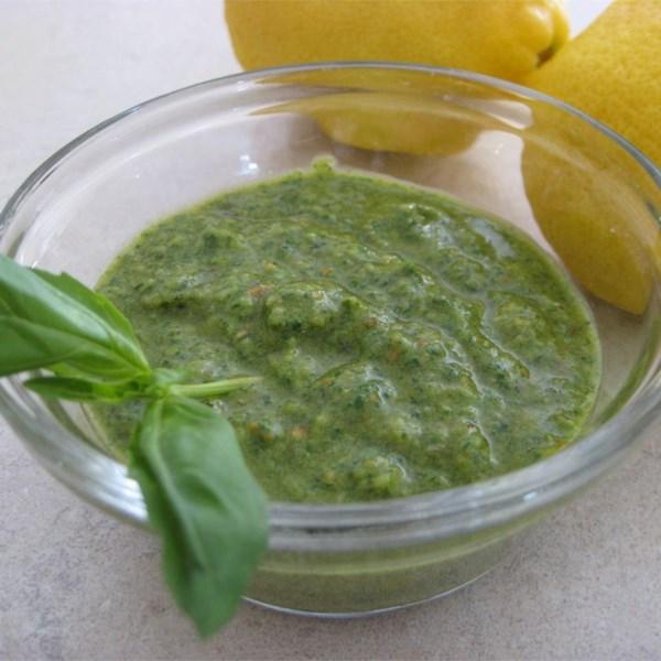 Receita de Pesto de Manjericão de Espinafre