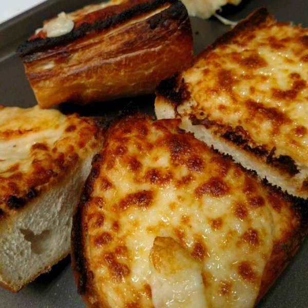 Receita de Pão de Alho Super Cheesy de Stef
