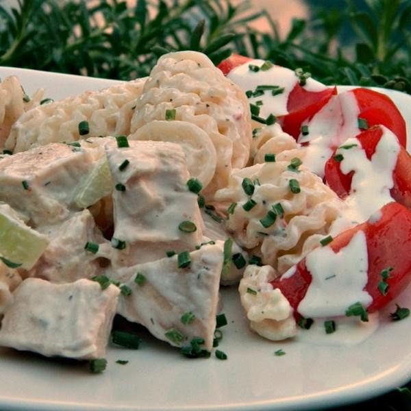 Receita de Salada de Macarrão de Frango com Limão Dill