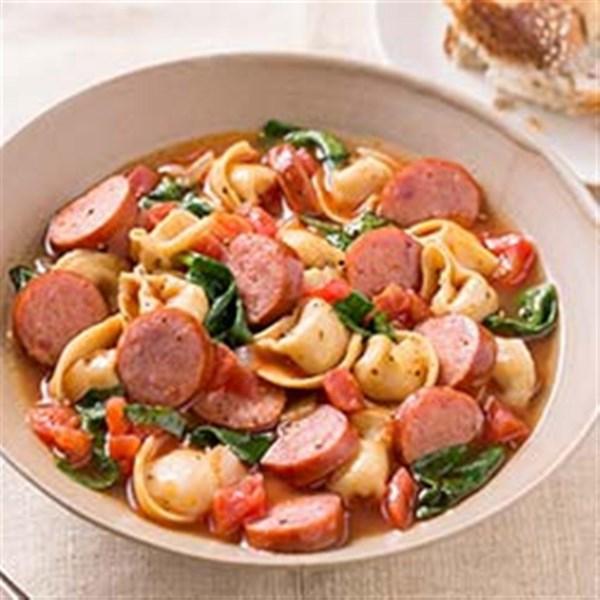 Receita de Sopa de Linguiça Defumada e Sopa de Tortellini