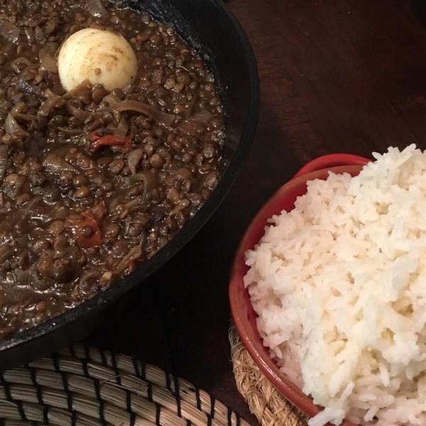 Receita kik wat (ensopado de lentilha vermelha da Etiópia)