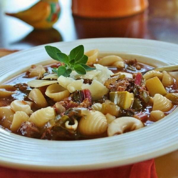 Melhor receita de sopa de salsicha italiana