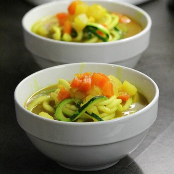 Receita de Sopa de Batata, Alho-poró, Cenoura e Açafrão
