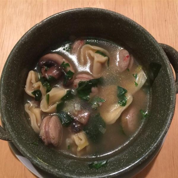 Receita de Cogumelo, Alho-poró, Linguiça de Frango e Sopa de Tortellini