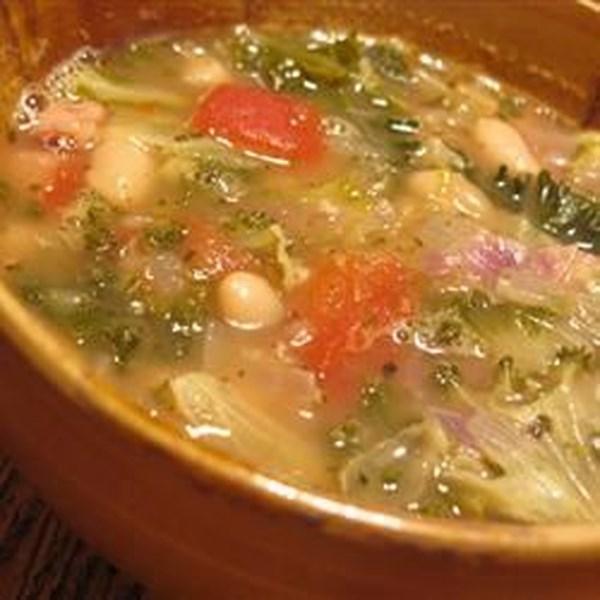 Sopa de Feijão com Receita de Couve
