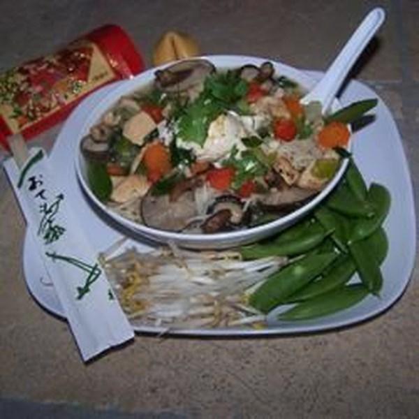Receita de Sopa de Macarrão de Frango Asiático
