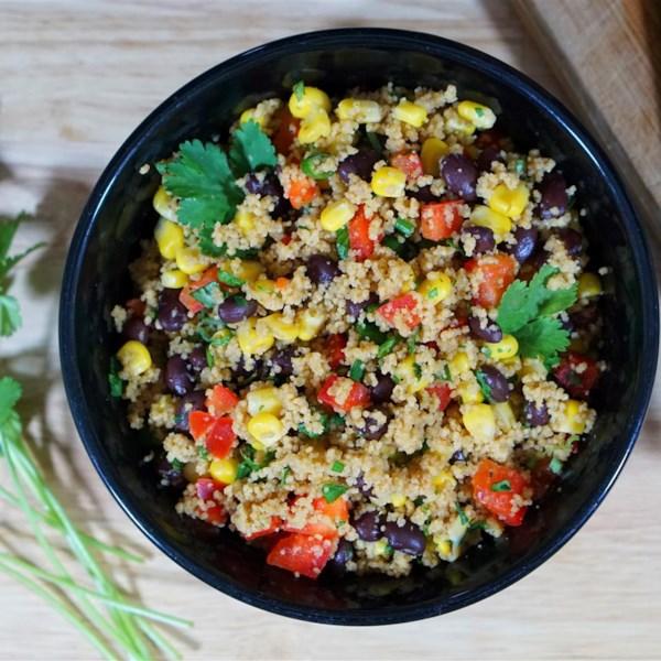 Receita de Salada de Feijão Preto e Cuscuz