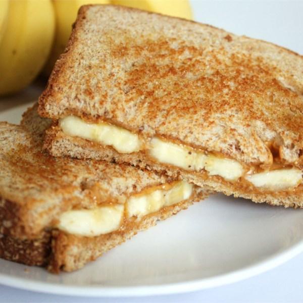Receita de Manteiga de Amendoim Grelhado e Sanduíche de Banana