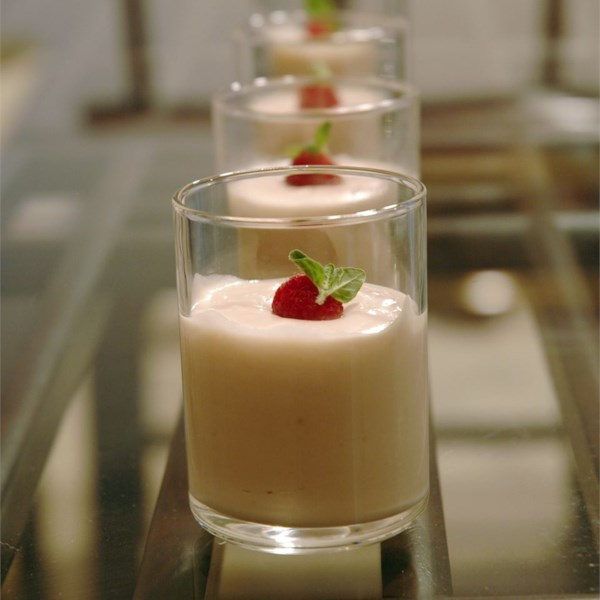 Receita de Mousse de Chocolate Branco de Framboesa
