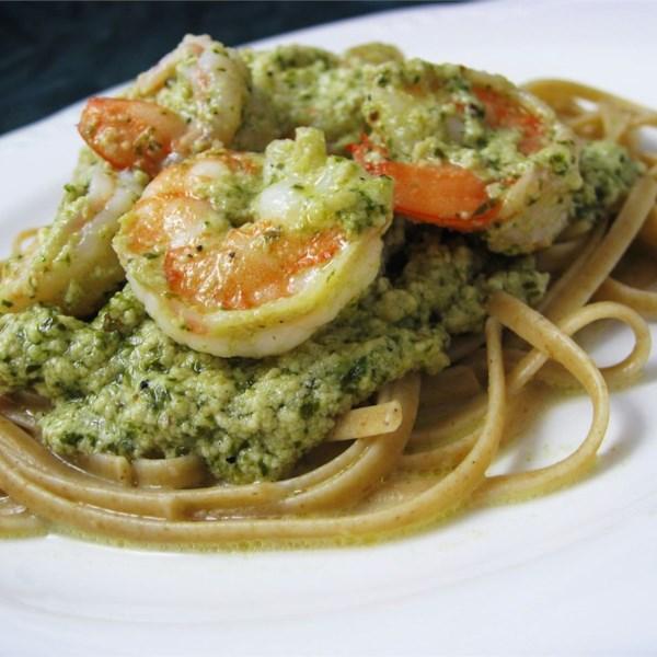Receita cremosa de camarão pesto