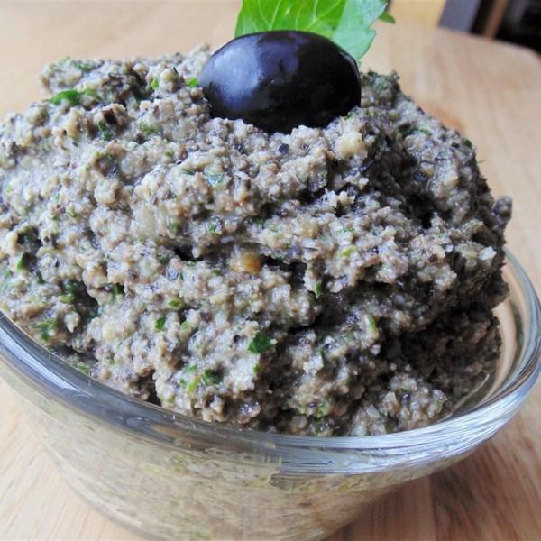 Receita de Pesto de Azeitona e Salsa