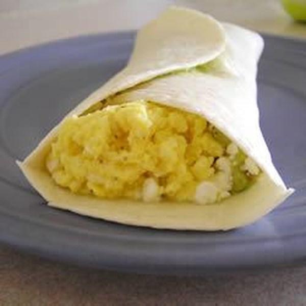 Receita de Burrito de Café da Manhã de Ovo Fácil e Abacate