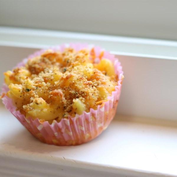 Receita de Muffins de Mac e Queijo Fácil