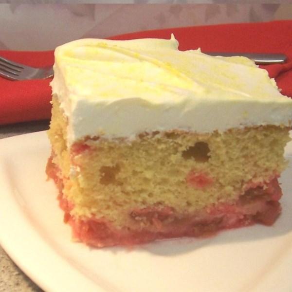 Receita de bolo de ruibarbo de cabeça para baixo de Maryann