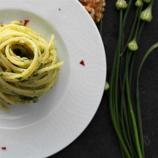 Receita pesto de espinafre e alho