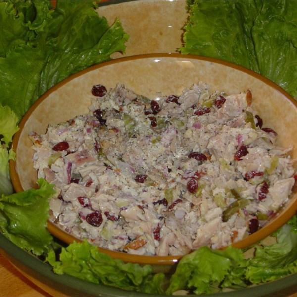 Receita de Salada de Frango Doce e Volumoso de Tara