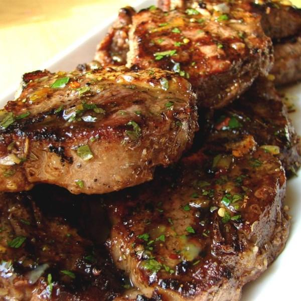 Chef John's Grilled Lamb com Receita de Molho de Laranja de Menta