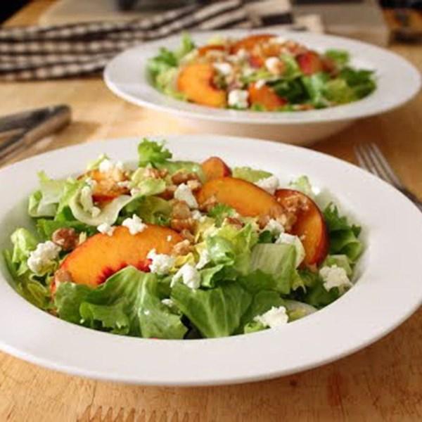 Receita de Salada de Pêssego e Escarole