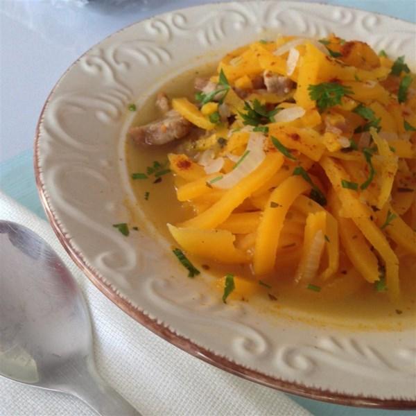 Sopa de macarrão de abóbora com receita de peru
