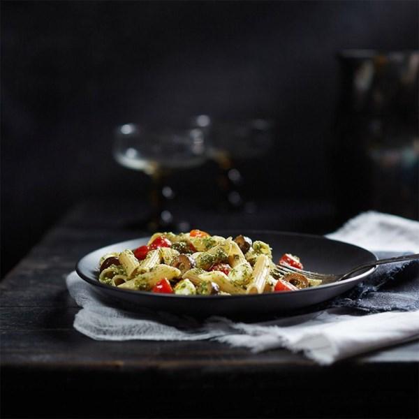 Receita de Salada de Macarrão Penne Pesto