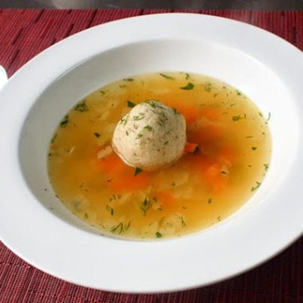 Receita de Sopa de Bola de Peru Matzo