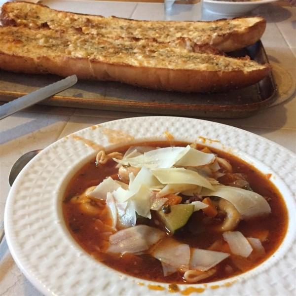 Receita de Sopa de Tortellini de Linguiça Italiana