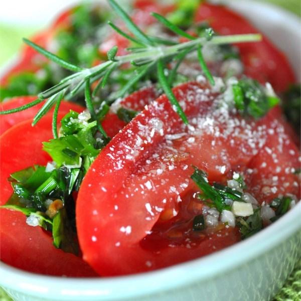 Tomates Fatiados com Receita de Molho de Ervas Frescas