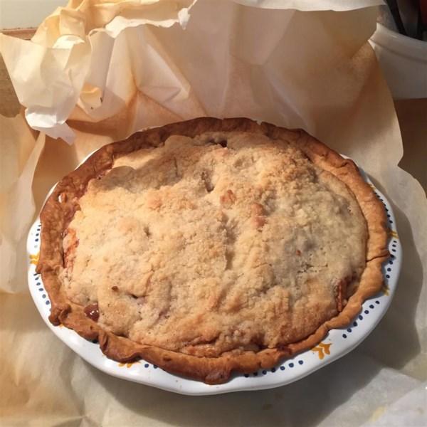 Torta de maçã em uma receita de saco de papel marrom