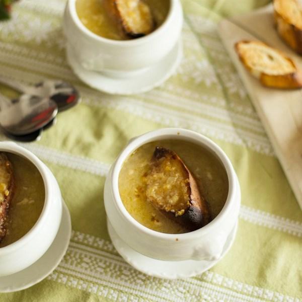 Receita de Sopa de Cebola Francesa
