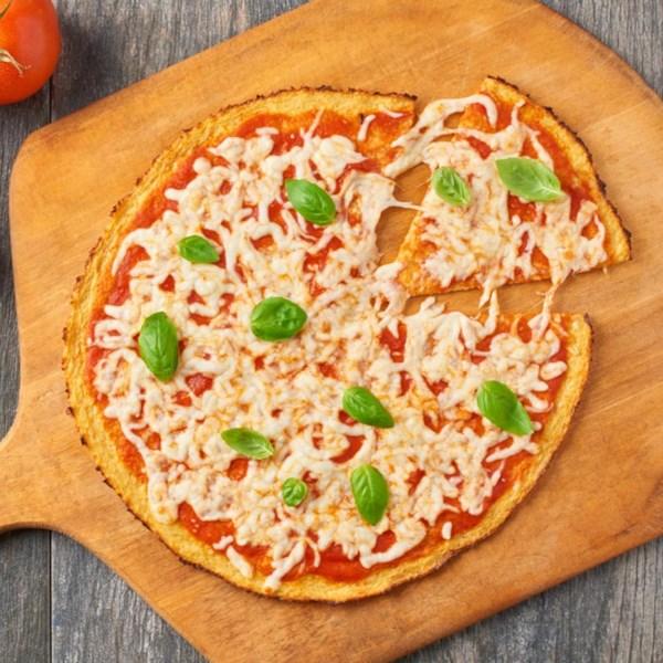 Crosta de pizza de couve-flor da receita do Gigante Verde (R)