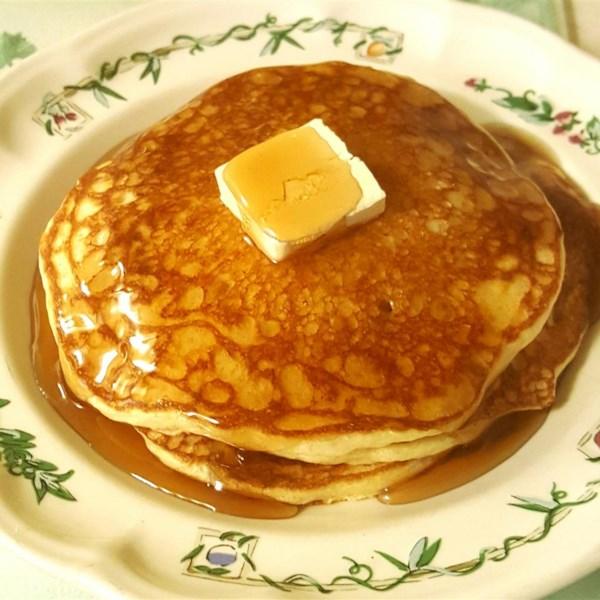 Receita de Panquecas de Leite com Manteiga da Mãe