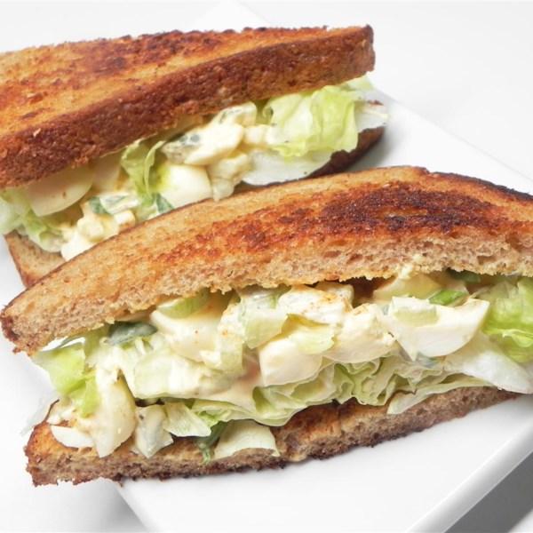 Receita de Sanduíche de Salada de Ovo em Conserva