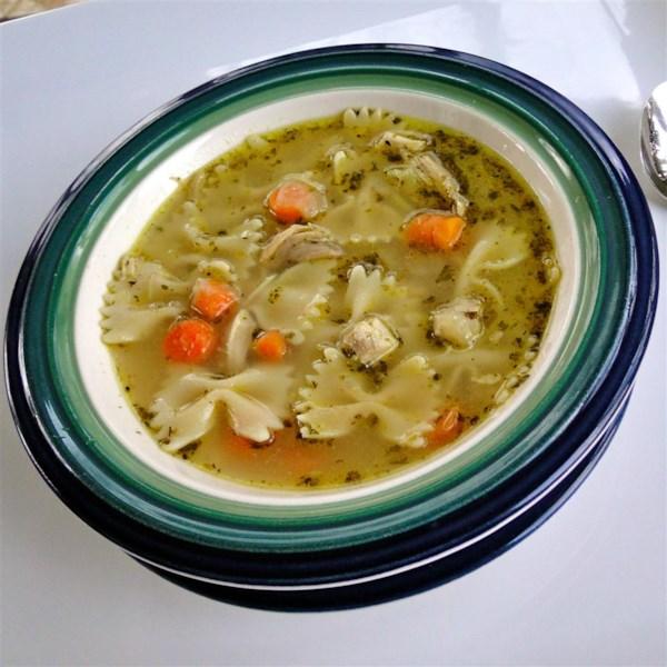 Receita de Sopa de Macarrão de Frango Incrível