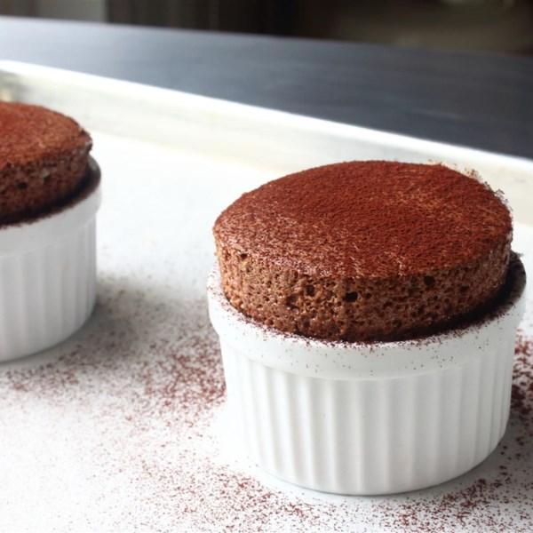 Receita de Suflê de Chocolate do Chef John