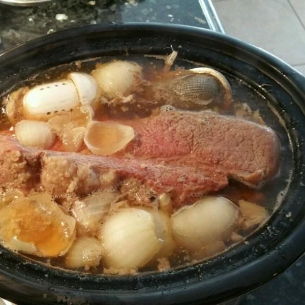 Carne enlatada e repolho para morrer para receita