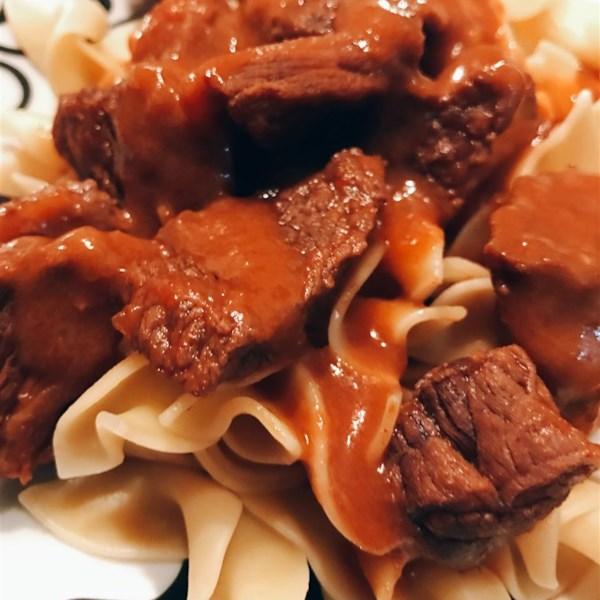 Receita de Páprica de Carne e Macarrão