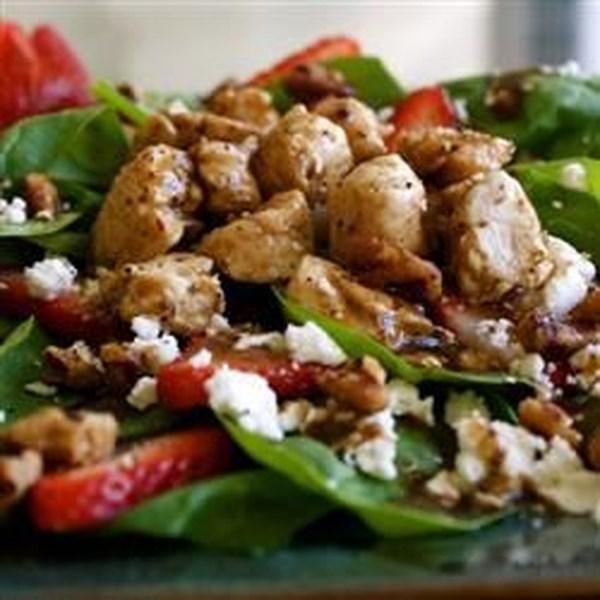 Salada de Morango da Primavera com Receita de Frango