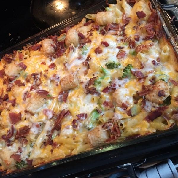 Brócolis Mac e Queijo com Bacon e Batata Nugget Receita de Cobertura