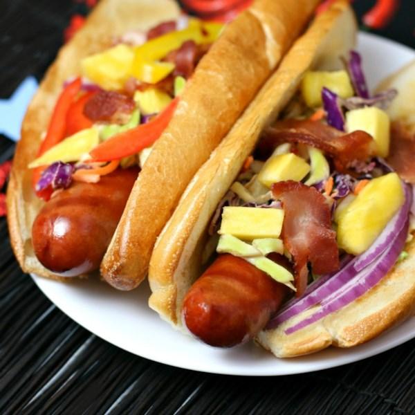 Hot Dogs com Abacaxi Bacon Chipotle Slaw Receita