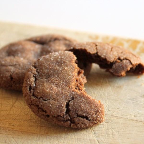 Receita de Biscoitos de Chocolate Recheados de Caramelo